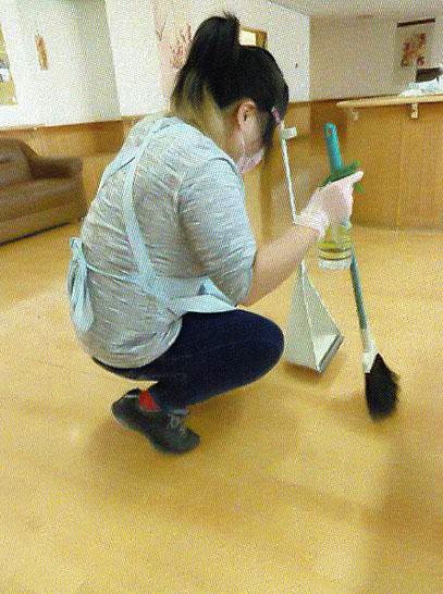 社会福祉施設の清掃作業